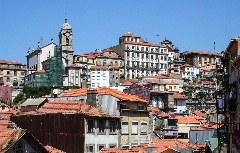 Blick auf die barocke Altstadt Porto