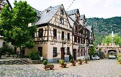 Zentraler Platz und Stadttor Oberwesel