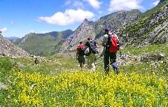 Wanderer im Aigüestortes Nationalpark