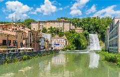 Wasserfall im Zentrum von Isola di Liri