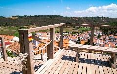 Holzbohlen-Treppe in Odeceixe