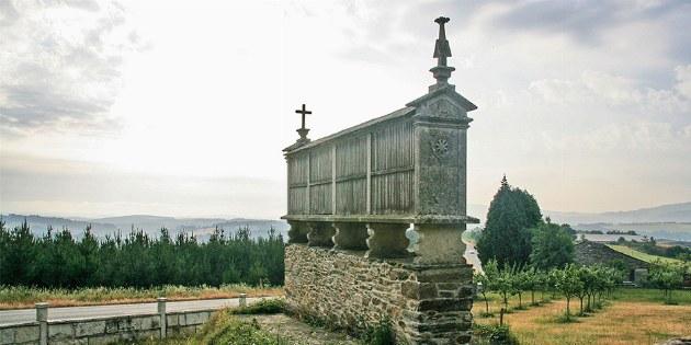 Hórreo: Kornspeicher am Jakobsweg in Galicien